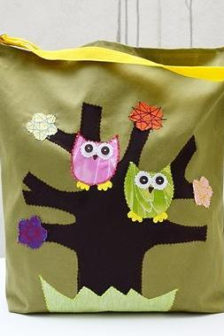 Canvas Tote Bag with Applique Owls. Green Bag. Laptop Bag. Large Bag. Book Bag. City Bag.