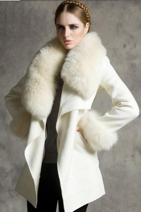 White Wolf Fox Fur Cashmere Coat Lapel Luxury Coat for Women