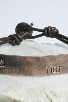 Personalized oxidized copper tag leather bracelet. Initials bracelet. Custom made bracelet. Mens engraved bracelet. Copper id bracelet.
