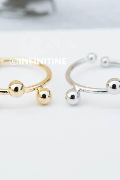 Three balls knuckle ring,Between balls ring,jewelry rings,fashion rings,unique rings,rings for women,girls rings,bridesmaid ring,sister ring,wedding and engagement ring,knuckle ring,upper knuckle ring,midi ring,RN2347