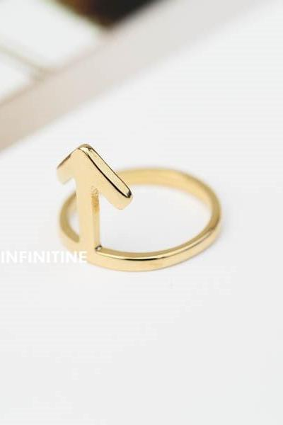 straight arrow knuckle ring,Hammered arrow ring,arrow ring,Jewelry,Ring,Metal, forefinger,Hammered ring,vague,arrow ring,rune symbol,statement ring,bridesmaid ring,unisex,arrow jewelry,thin hammered arrow,knuckle ring,pinky,midi rings,RN2368
