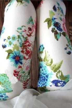 Fresh White Floral Print Leggings