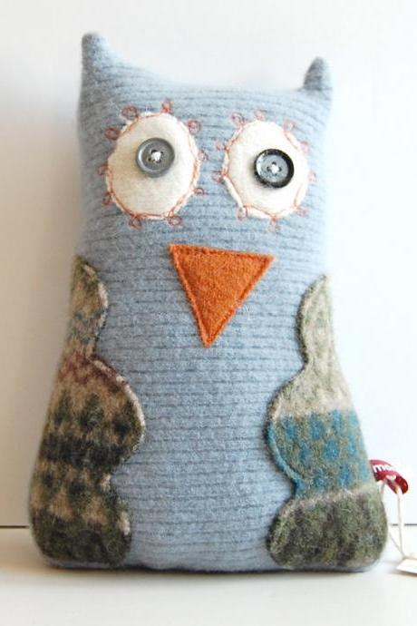 Henrietta the Happy Owl