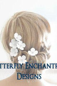 White Bridal Hair Flowers, Beach Hair Accessories, Destination Wedding - 6 White Hydrangea Flower Hair Pins - Rhinestone Centers