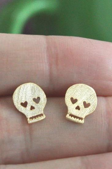 Heart Eye Skull Earring