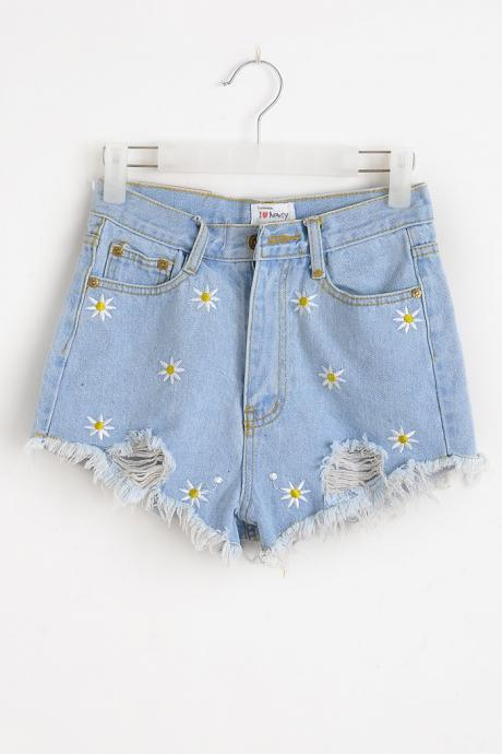Daisy Embroidered Light Denim Distressed Shorts with Frayed Hem