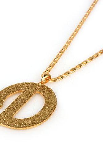 New Coming Letter D Pendant Necklace Fashion Golden Scrub High Quality Sweater Chain Coat Necklaces 81183A