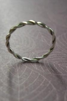simple, twisted ring Free Shipping