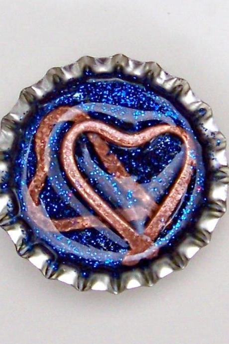 BOTTLE CAP PENDANT - Blue Glitter w 3-d Hearts - Magnet back to use with washer necklaces