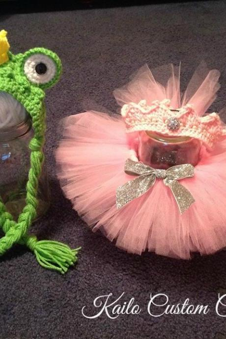 Frog Prince & Princess, bonnet, crown and tutu, newborn baby twin boy girl photo prop