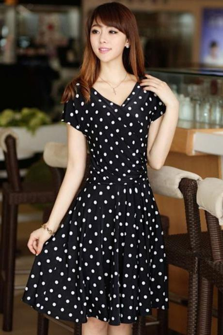 Polka Dots Silk Black Dress with V Neckline Printed Floral Black Color Summer Casual Dress