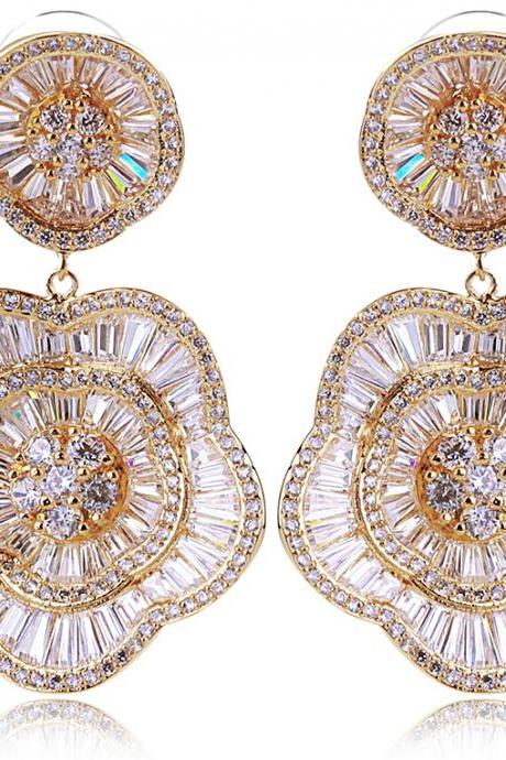 Beautiful Flower Shape Deluxe jewelry Wedding Earrings Drop Top Quality Cubic Zirconia Lead Free Brass 18K Gold Plated