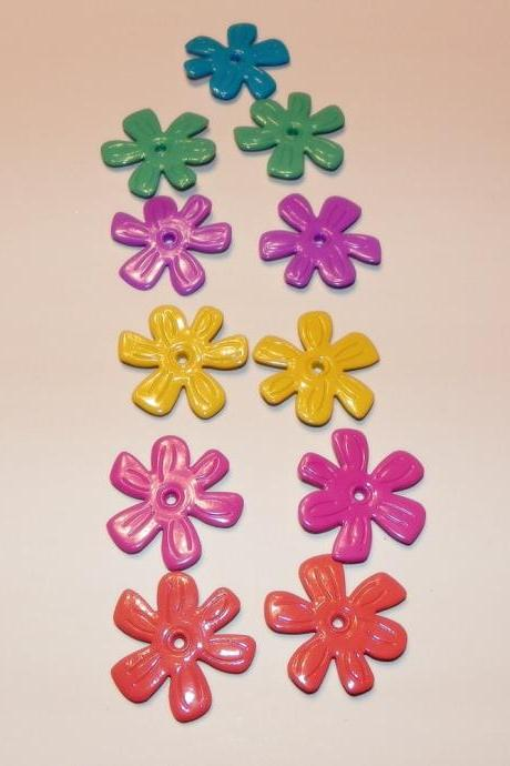 Scrapbook Embellishments - Metal, Enamal Flowers - 11 Pieces