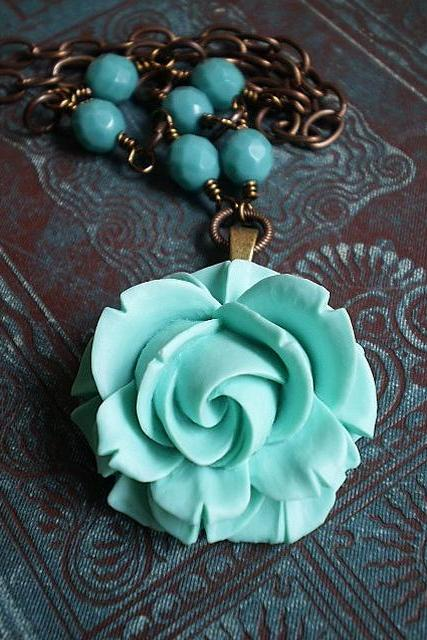 Sweet Teal Rose Summer Necklace