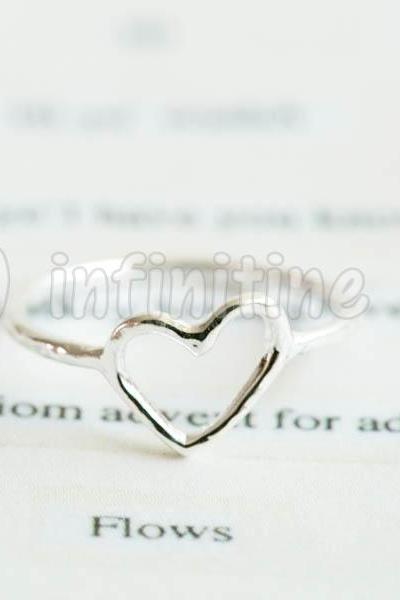 Silver Hammered slanted heart,RN2605