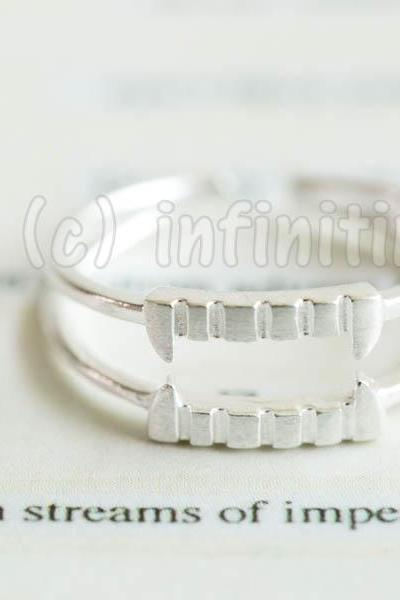 Silver Vampire teeth adjustable ring,RN2588