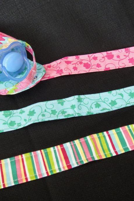Pacifier Clip and Pacifier Pouch Set