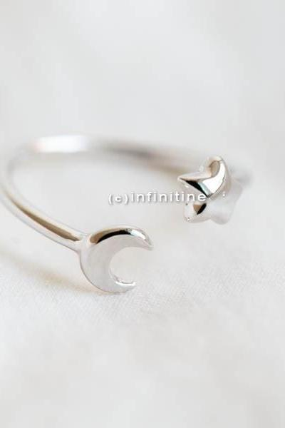 Silver Moon and star ring,Jewelry,Ring,bridesmaid gift,everyday ring,simple ring,moon ring,star ring,moon star jewelry,half moon,knuckle ring,R272N
