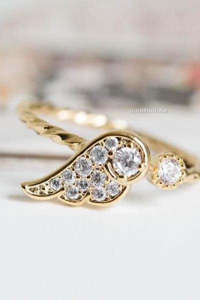 Gold angel wing knuckle ring,angel wing ring,wing rings,knuckle ring,cz knuckle ring,cz ring,adjustable ring,stretch ring,jewelry rings,,R004N