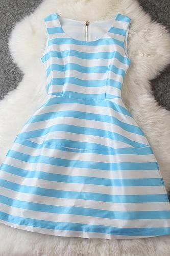 Striped dress XXA621045