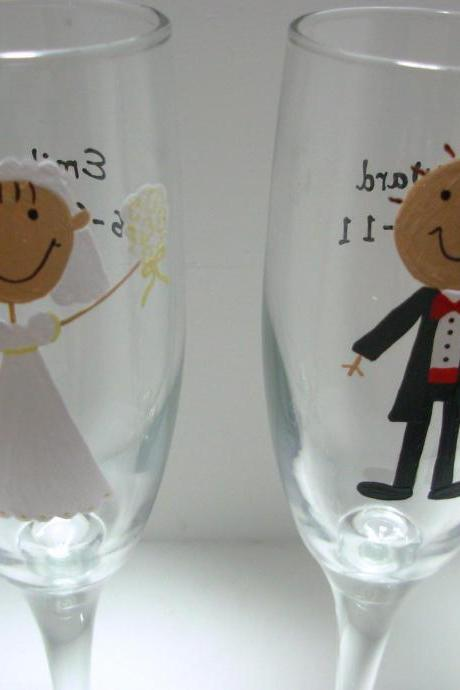 Bride and Groom Champagne Flutes Handpainted Personalized