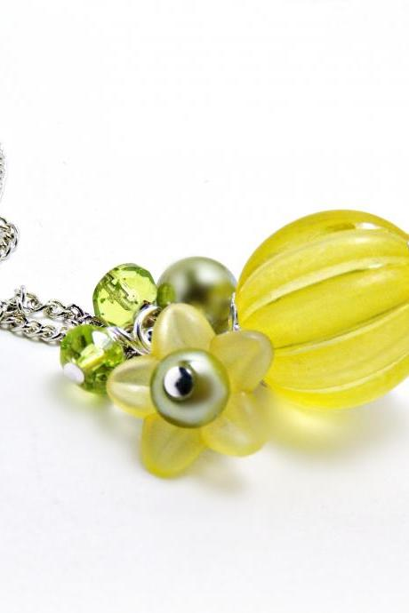 Yellow Lucite Pendant w/ Flower- Yellow Necklace-Yellow Jewelry- Flower Necklace- Flower jewlery- Pearl Jewlery -Czech glass jewelry- Lemon