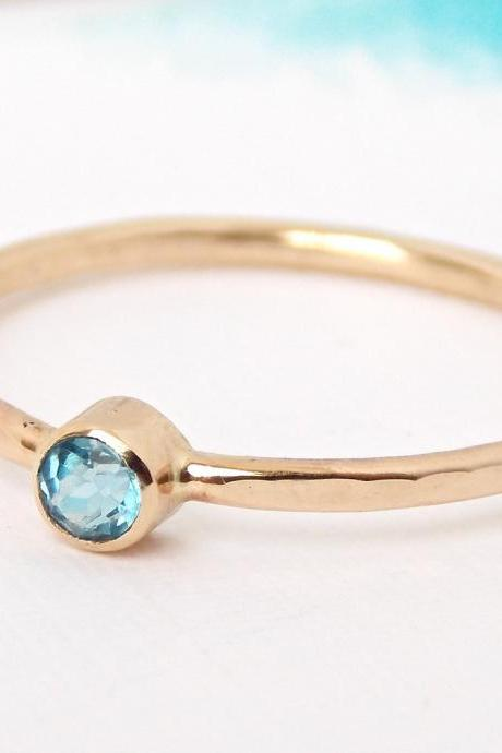 Simple Birthstone Ring w/ Hammered Band: Goldfilled ring, birthstone ring, dainty ring, simple ring, gold ring, hammered ring, hammered band
