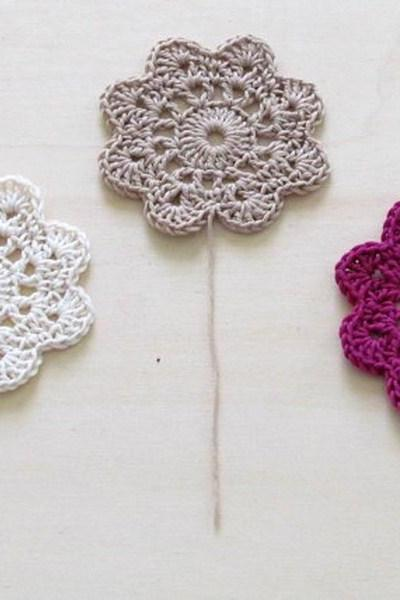 Crochet flowers coasters / garland or embellishment / white cream and purple / set of 6