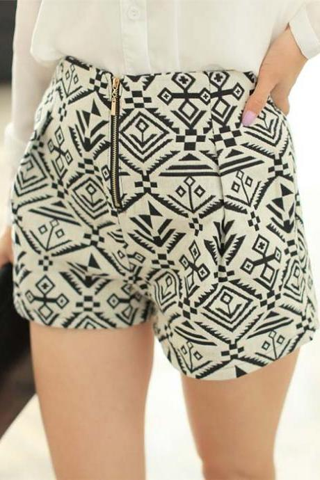 Ethnic Style Gwometry Women's Shorts