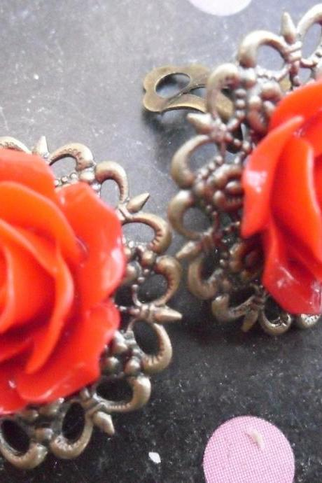 CLIP ON Lipstick Red Filigree Lace Vintage Resin Rose Earrings Flower clip-ons ear clips