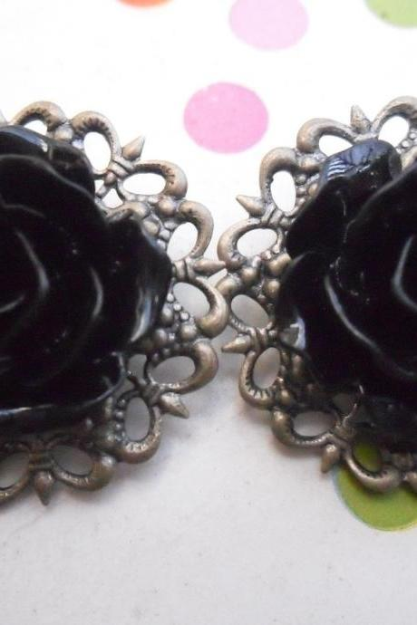 CLIP ON Pitch Black Filigree Lace Vintage Resin Rose Earrings Flower clip-ons ear clips