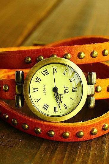 New Fashion Retro Roman Numerals Watch JQ First Layer Of Leather Rivets Watch