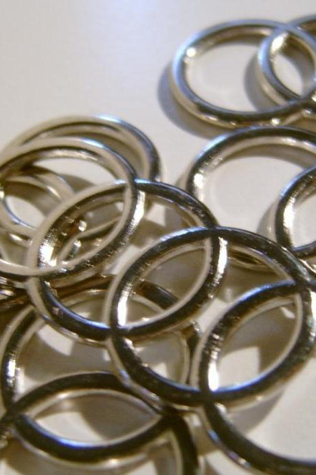 circle links or embellishment 5 piece