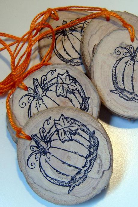 12 Rustic Wooden HangTag Ornament Party Favors