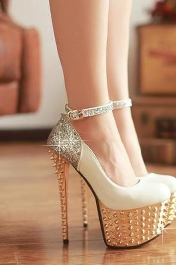 White PU Ankle Strap Pumps