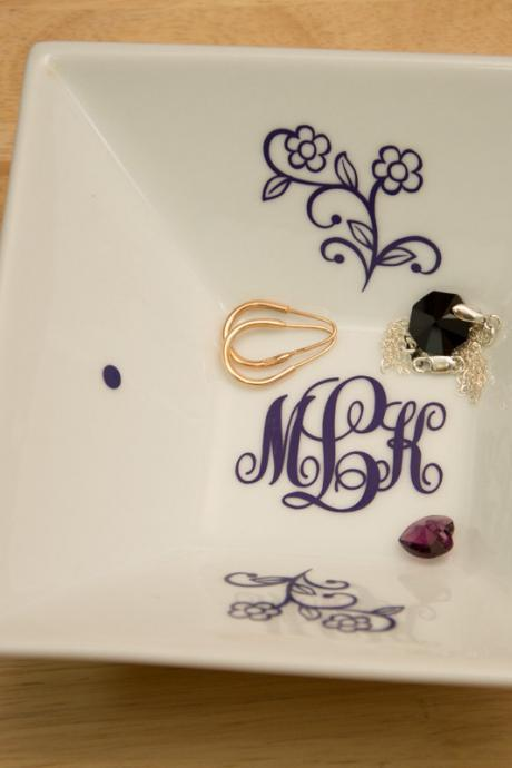 Monogrammed Jewelry Plate with KK Monogram and Flowers - Accessories Storage Dish with Color Monogram Decal, Wedding gift