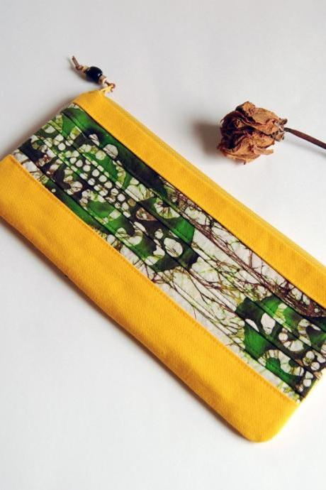 Bridal Clutch or Bridesmaid Clutch - Pouch - Purse - Big Romantic Colorful pleats in bright yellow with green by Lolos