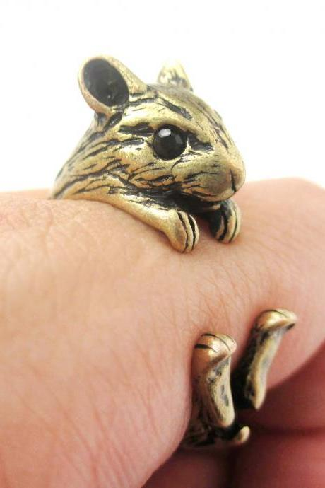 3D Miniature Guinea Pig Hamster Animal Wrap Hug Ring in Bronze - US Size 4 to 8.5