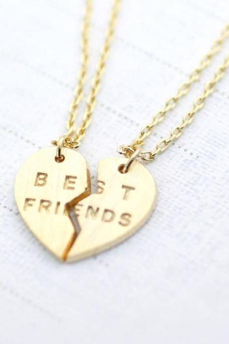 BEST FRIENDS Split Heart Necklace in Gold