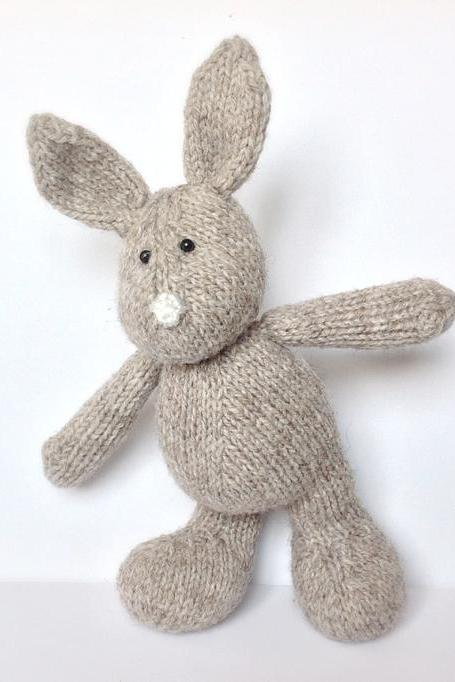 Pip the Bunny toy knitting pattern