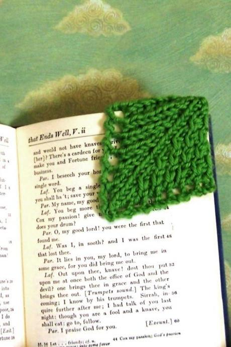 Corner Bookmark Instant Download Knitting Patterns 4 Leaf Designs