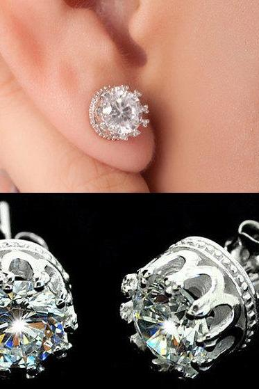 MT0172 Crown diamond stud earring
