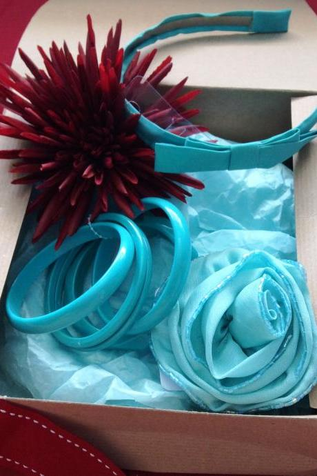 Turquoise accessories set