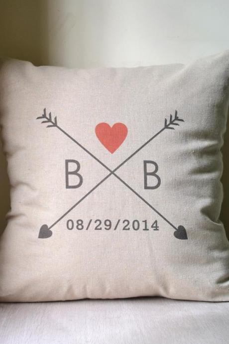Love arrow,couple initial,Personalized pillow cover,cushion cover,monogrammed pillow,anniversary gift,bridal shower gift,wedding gift