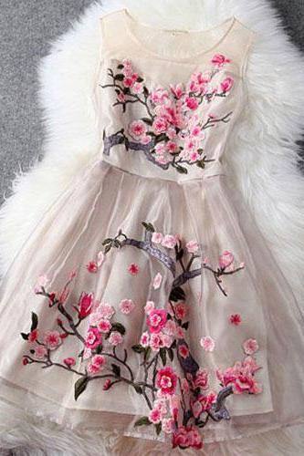 Fashion Embroidery Flowers Sheer Ruffled Layered Evening Tank Dress