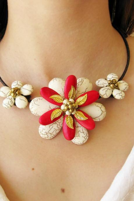 Flower Choker, 'Beauty' & White and Red Beaded Stone Necklace with Waxed Cotton, Adjustable Size, Thailand Handmade Jewelry. (JN1002-WH)