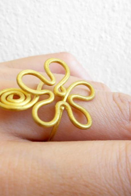 Brass Ring, Flower, Delicate designs - Adjustable Ring, Jewelry Thailand Handmade. (JR1005)