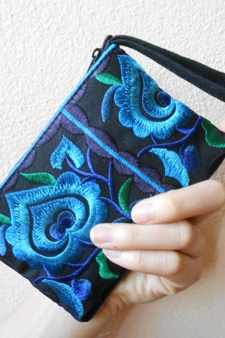 Blue Black Cotton Flower Colorful purse Embroidery Chinese Hmong Hilltribe Thailand. (KP1051-BLBK)