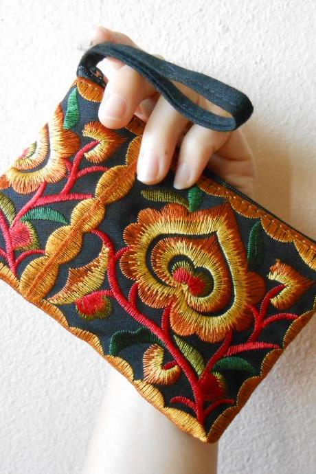 Gold Black Cotton Flower Colorful purse Embroidery Chinese Hmong Hilltribe Thailand. (KP1051-GOBK)
