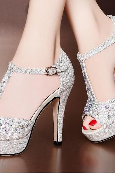 Rhinestone hollow sandals AA827BI